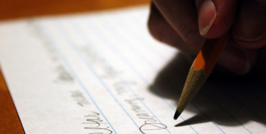 Top 6 Points to Include In Your Video Cover Letter Script